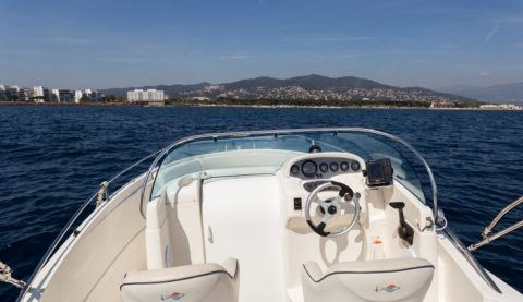 Sorties en mer bateau à louer Rio Boat 750 Sol_Eva