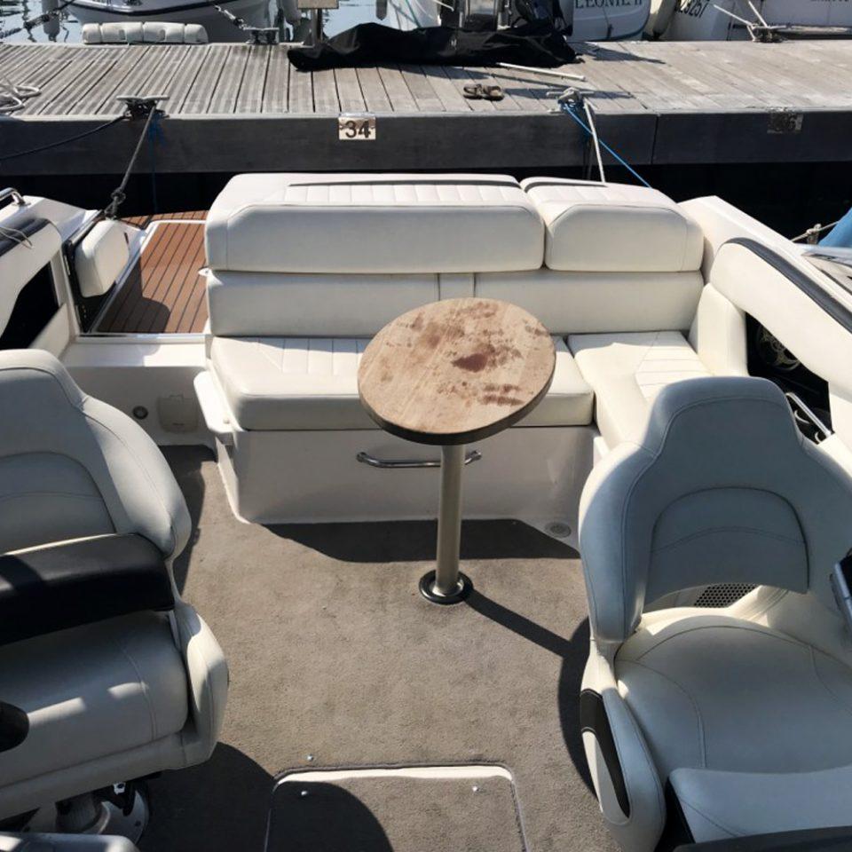 Sorties en mer bateau à louer Regal 2200