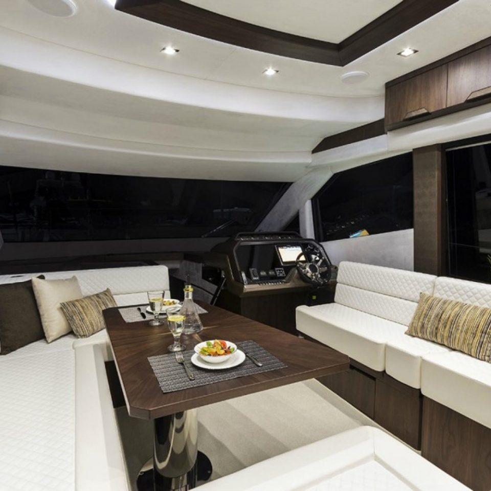 Bateau à louer à Cannes Galeon Boat Fly 500