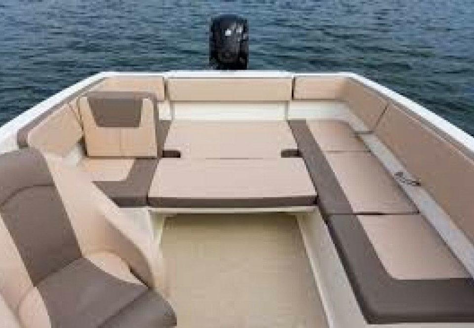 Location Bateau Cannes - Bayliner VR4 avec ou sans skipper