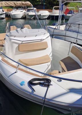 Bateau Cap camarat 7.5 à loue à Mandelieu - Passionboat Mandelieu