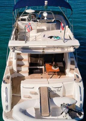 Passion boat. Location bateau 10 personnes Princess 42 sur la Côte d'Azur