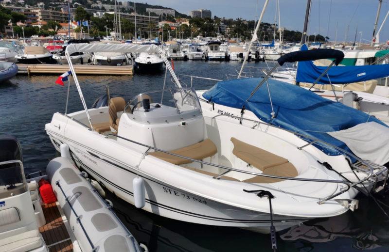 Location_bateau_Cannes_Cap_Camarat_6-5_PassionBoat (1)