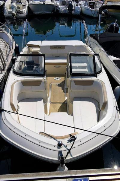 Location bateau 8 personnes à Mandelieu - Bayliner VR5 à louer à Mandlieu