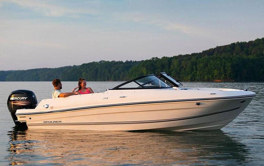 Bayliner VR4 en Liberty Pass illimité Mandelieu- Passionboat